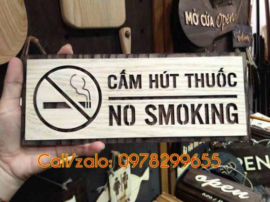 Biển cấm hút thuốc bằng gỗ